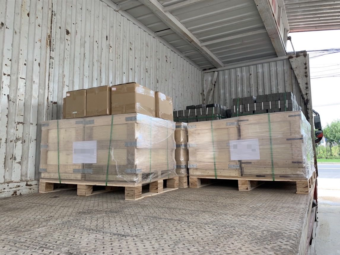 5Pallets Alumina Ceramic Parts to Germany