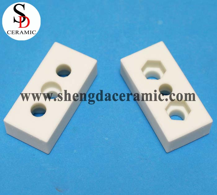 High Voltage Porcelain Ceramic Electrical Insulators